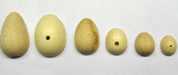 mezzo uovo 3.0x4.2 cm con foro