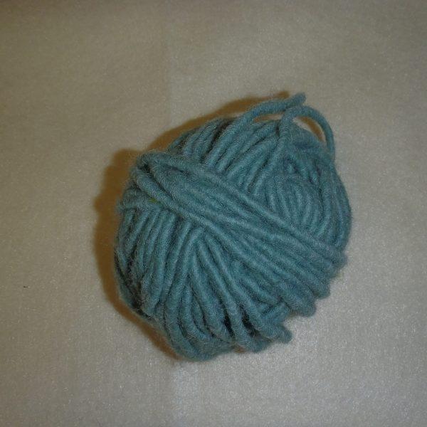 Cordone di lana verde garda diametro 1 cm.